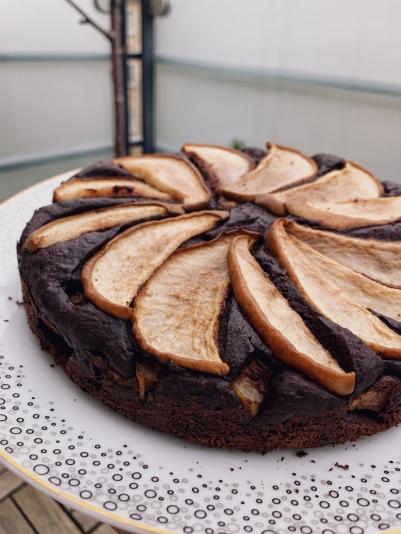 Chokoladekage med pærer